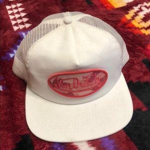 Von Dutch Accessories - Von Dutch white flat bill hat